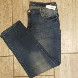 NWT Old Navy Mid-Rise Jeans- 12 Short